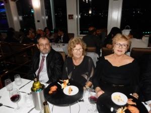 Pete, Gwen, Ginny Hayes